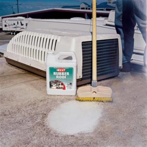 rv-roof-cleaning
